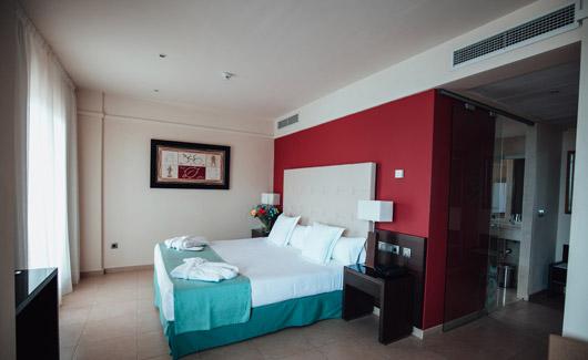 junior-suite-con-jacuzzi-vista-mar (3)